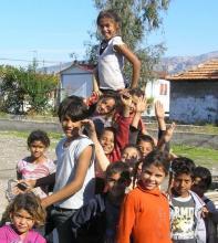 Χαρούμενα παιδιά Ρομά